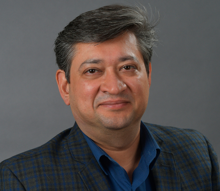 Photo of Rajneesh Chopra.